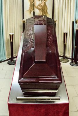 Sicriu - Cosciug - Servicii funerare Anthony