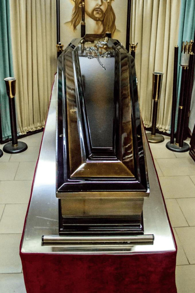 Sicriu 8- Cosciug - Servicii funerare Anthony